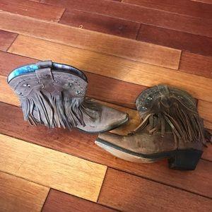 Shoes - Western fringe cowboy boots - size 7.5